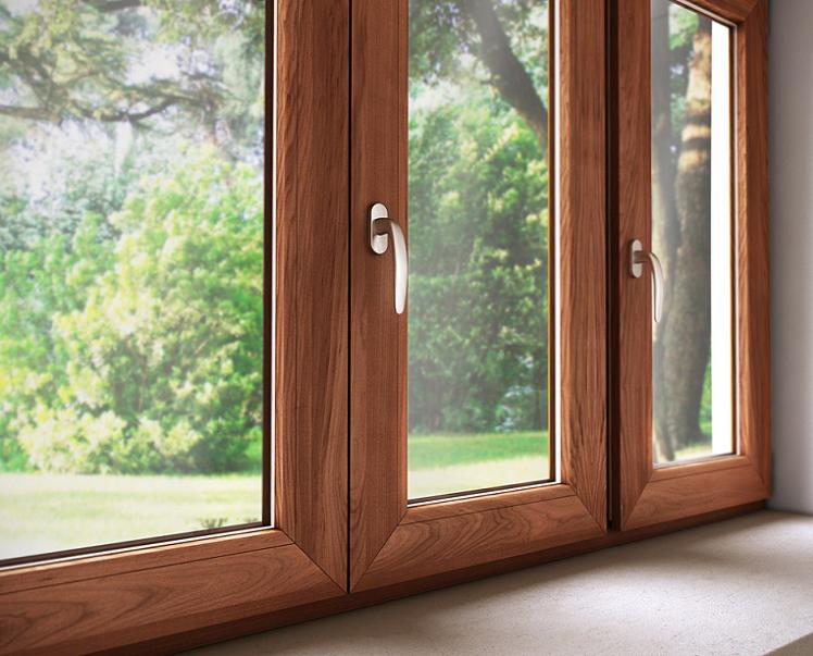 Porte e finestre in pvc il materiale a basso costo for Costo finestre pvc