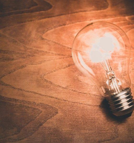 Impianto elettrico: lampadina